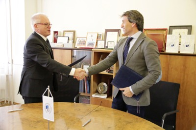 Univerzitné udalosti » Signing an Amendment to an Agreement with the Spanish Embassy