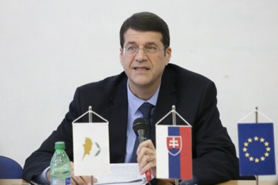 Univerzitné udalosti » The Cypriot Ambassador discussed with students the current situation in the Mediterranean region